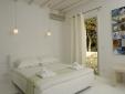 Kapetan Tasos Suites milos boutique apartments