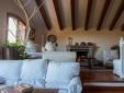 Sala de estar, chimenea