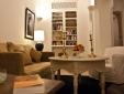 Sala de estar y biblioteca