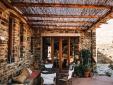 Tinos Ecolodge Big Stone House Cyclades Grecia ecoturismo sustentabilidad naturaleza