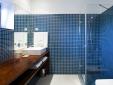 Tapas en la terraza con vista para el mar