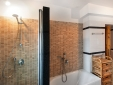 La Vetara batroom with bath and shower