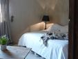L'Aube Safran Vauclus hotel romantico