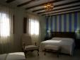 El Capricho de la Portuguesa Valencia Spain Bedroom La Provence